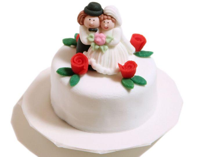 6 Hochzeitstörtchen im Miniformat mit Rosen