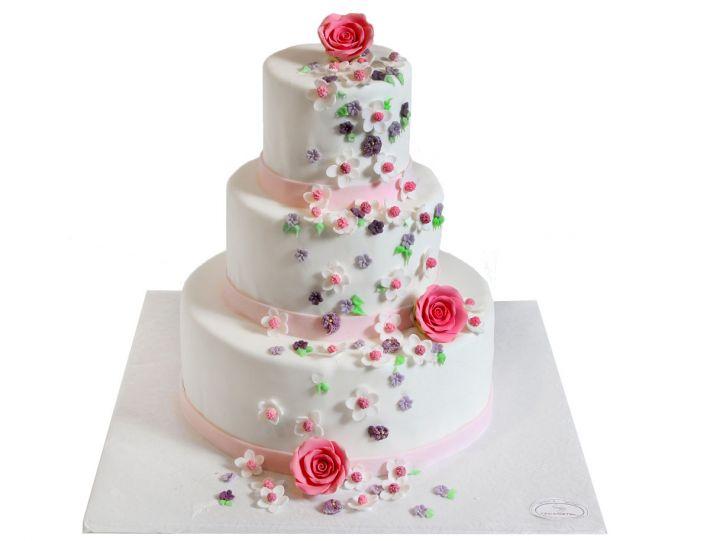 Blütenpracht Hochzeitstorte