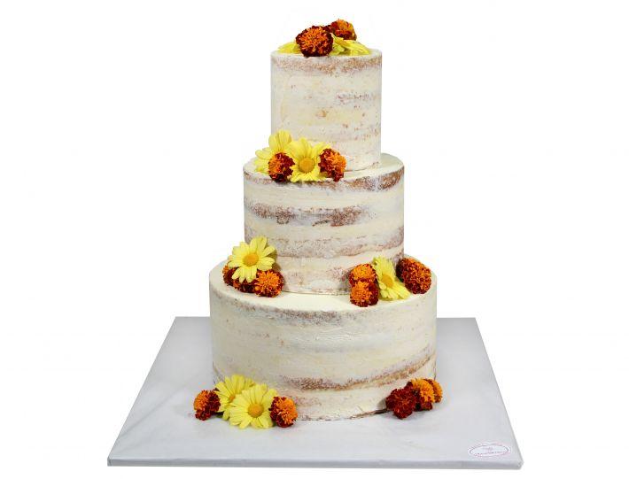 Naked Cake mit essbarem Blütenmix 2