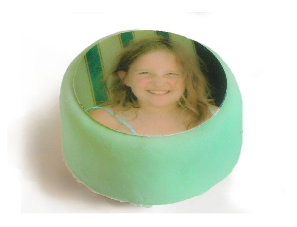 12 grüne Mini Törtchen mit Deinem Foto