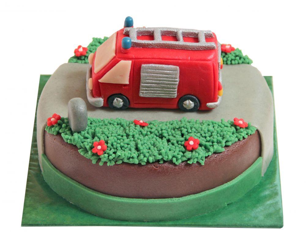 Feuerwehrauto plastisch Torte