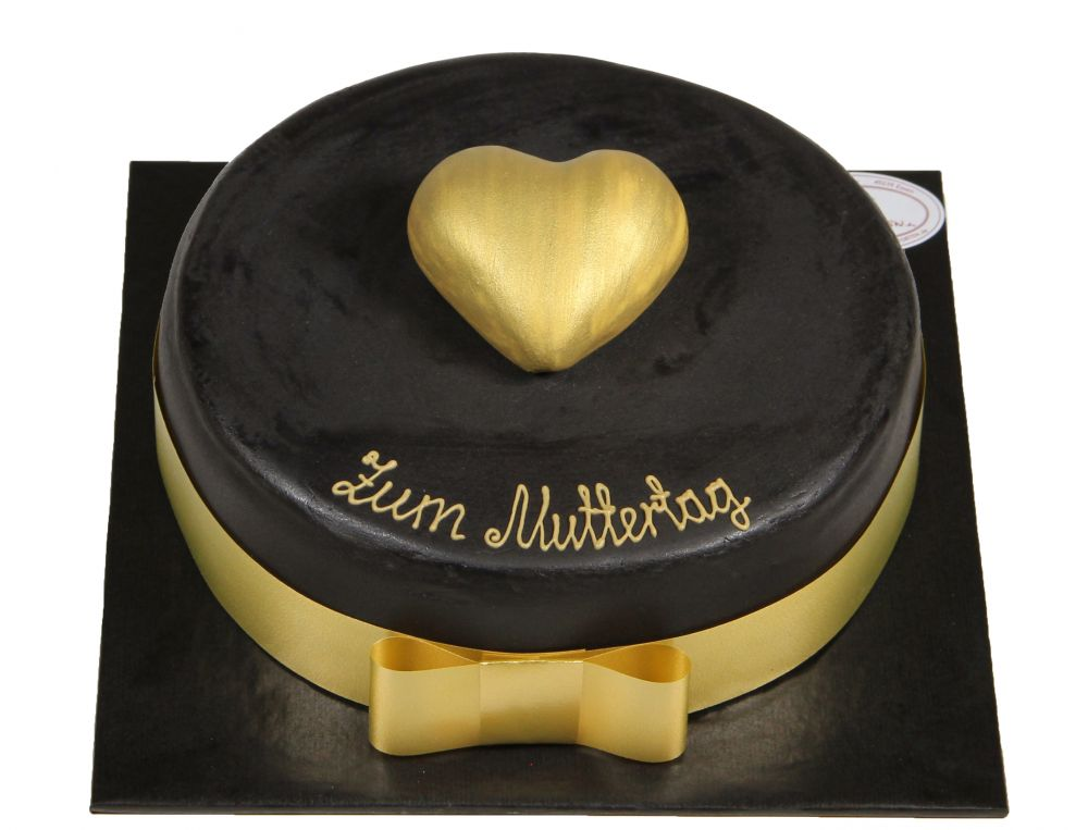 Goldenes Herz Torte