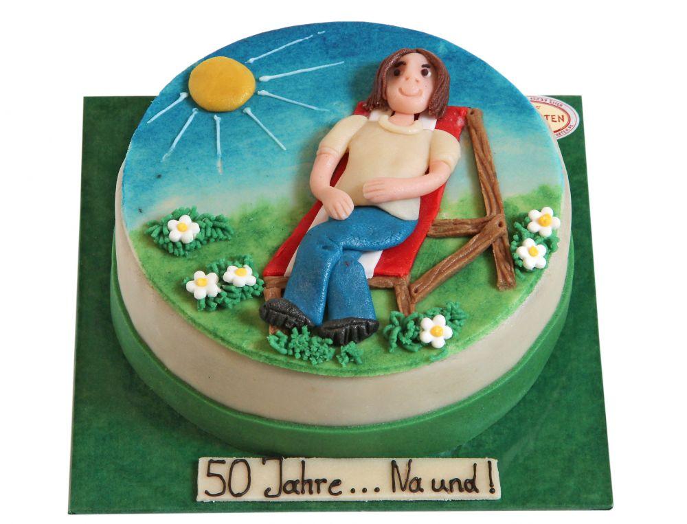 Im Liegestuhl Torte