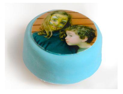 12 blaue Mini Törtchen mit Deinem Foto Bsp. 2