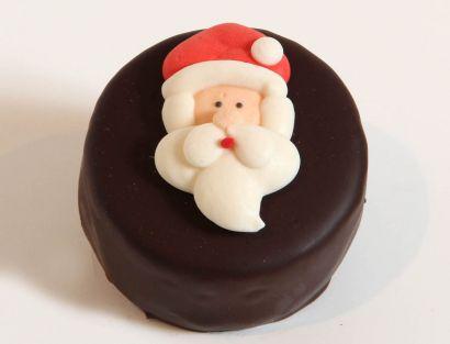 12 Weihnachts Törtchen Weihnachtsmannkopf
